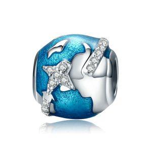 Charm Viajando por el mundo